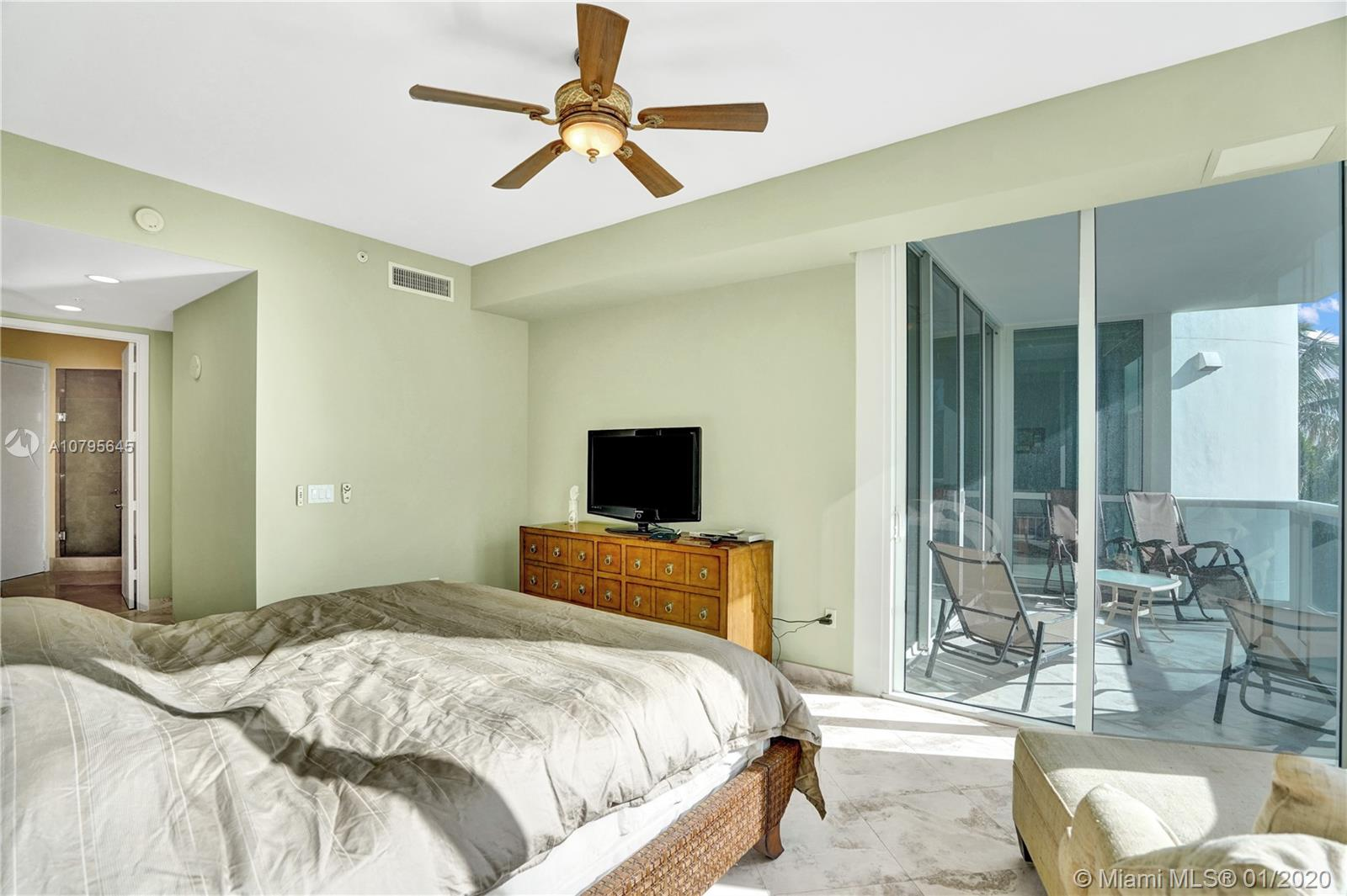 Property 18101 Collins Ave #504 image 22