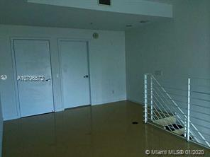 Photo of 60 SW 13th St #3822 listing for Sale