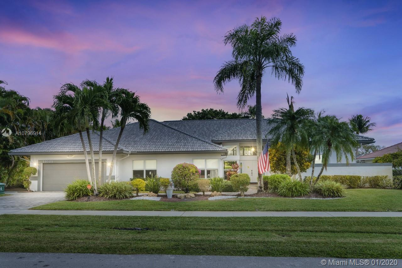 Property for sale at 11001 Boca Woods Ln, Boca Raton,  Florida 33428