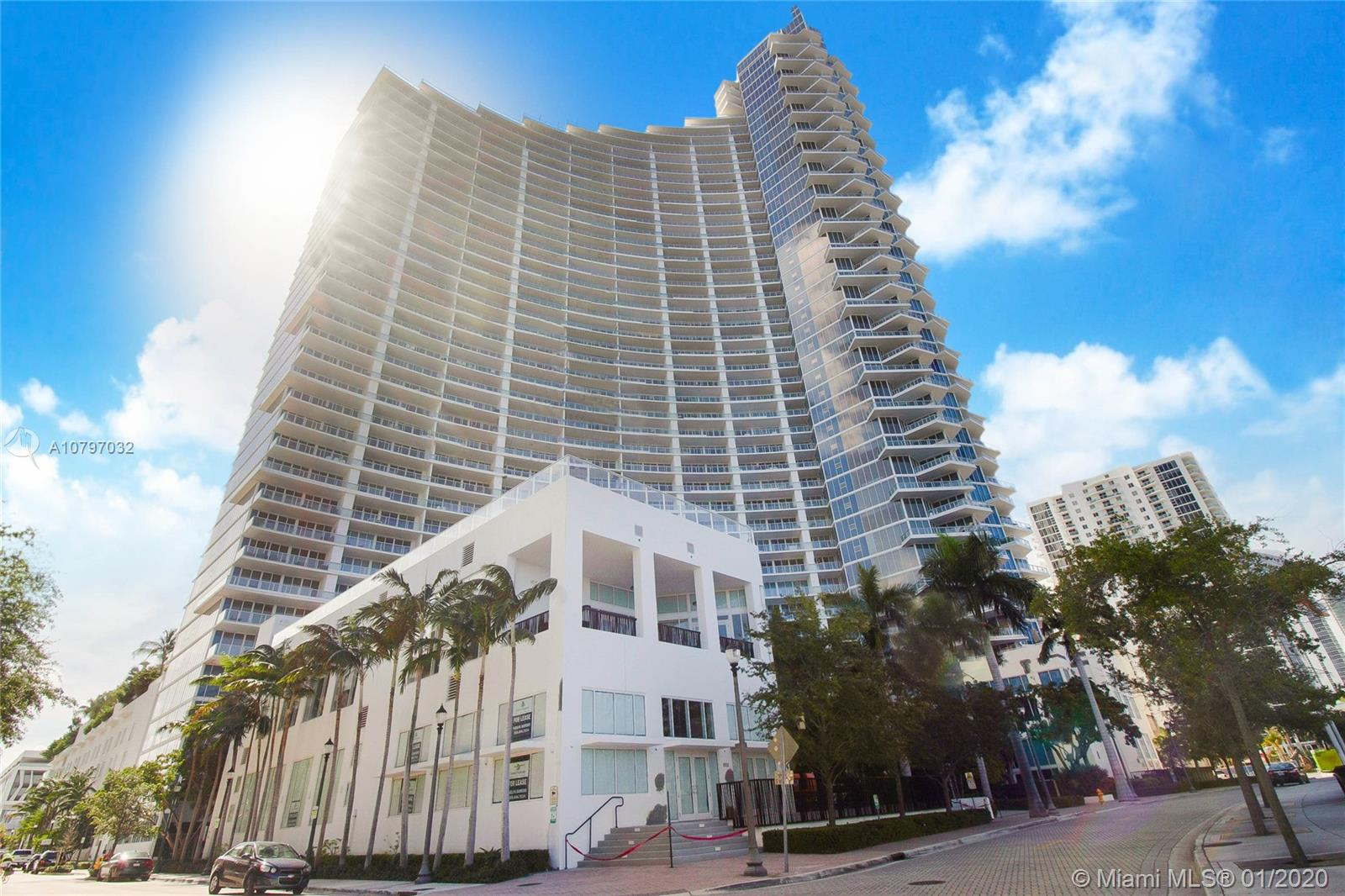 Photo of 2020 N Bayshore Dr #3602 listing for Sale