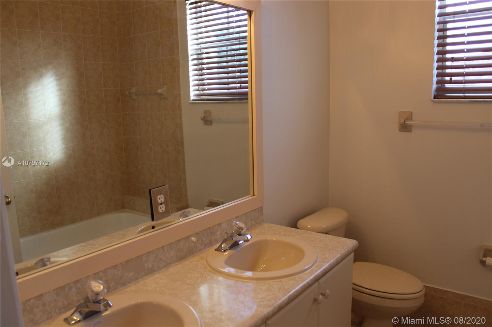 3855 SW 168th Ter photo033