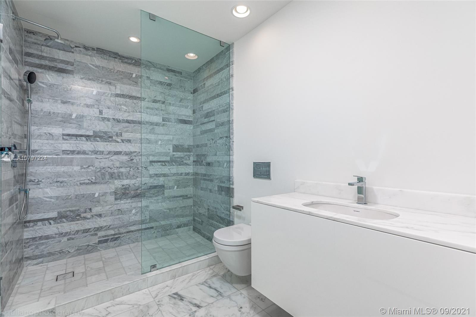 10203 Collins Ave #401 photo028