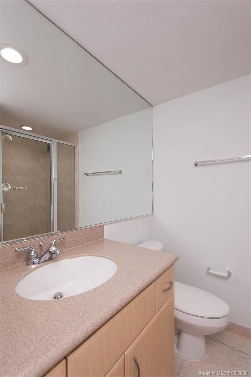 5600 Collins Ave #8G photo022