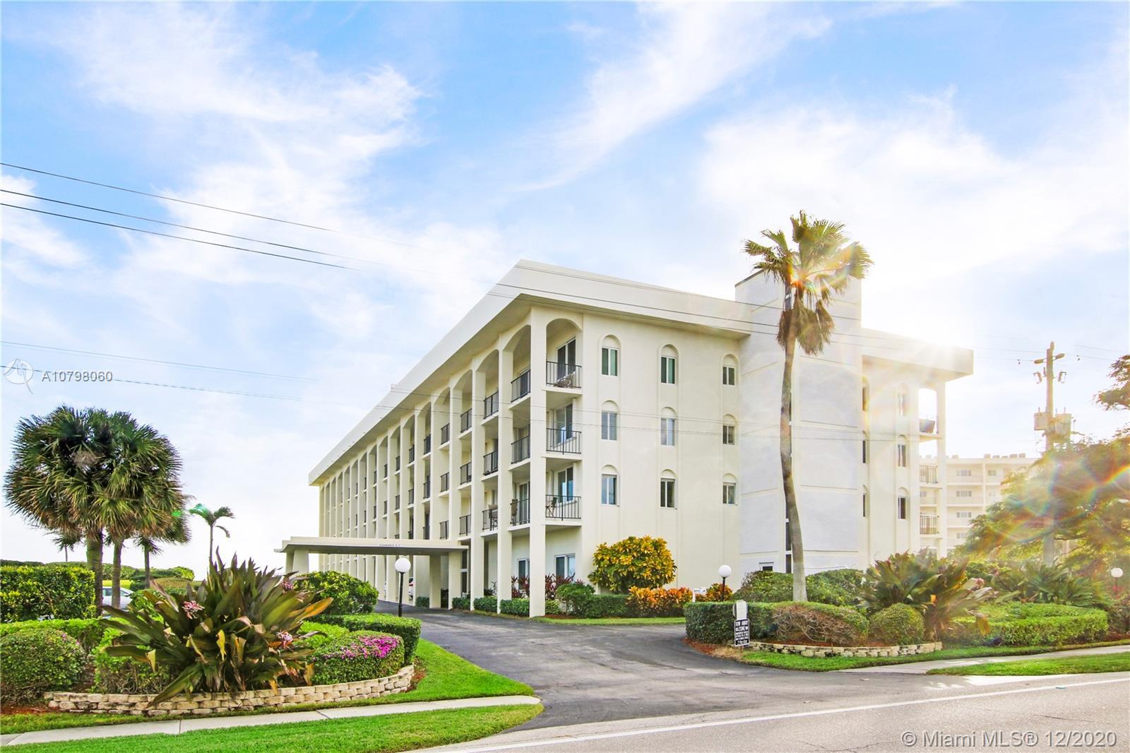 300 Beach Rd, 202 - Tequesta, Florida
