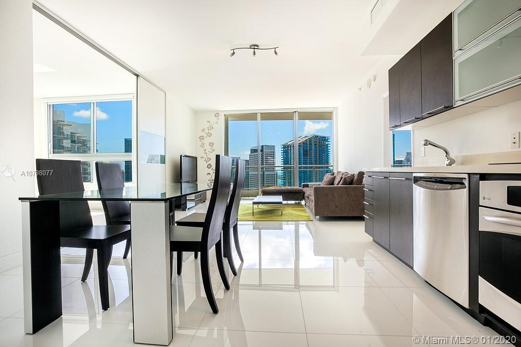 90 SW 3 ST, 3803 - Miami, Florida