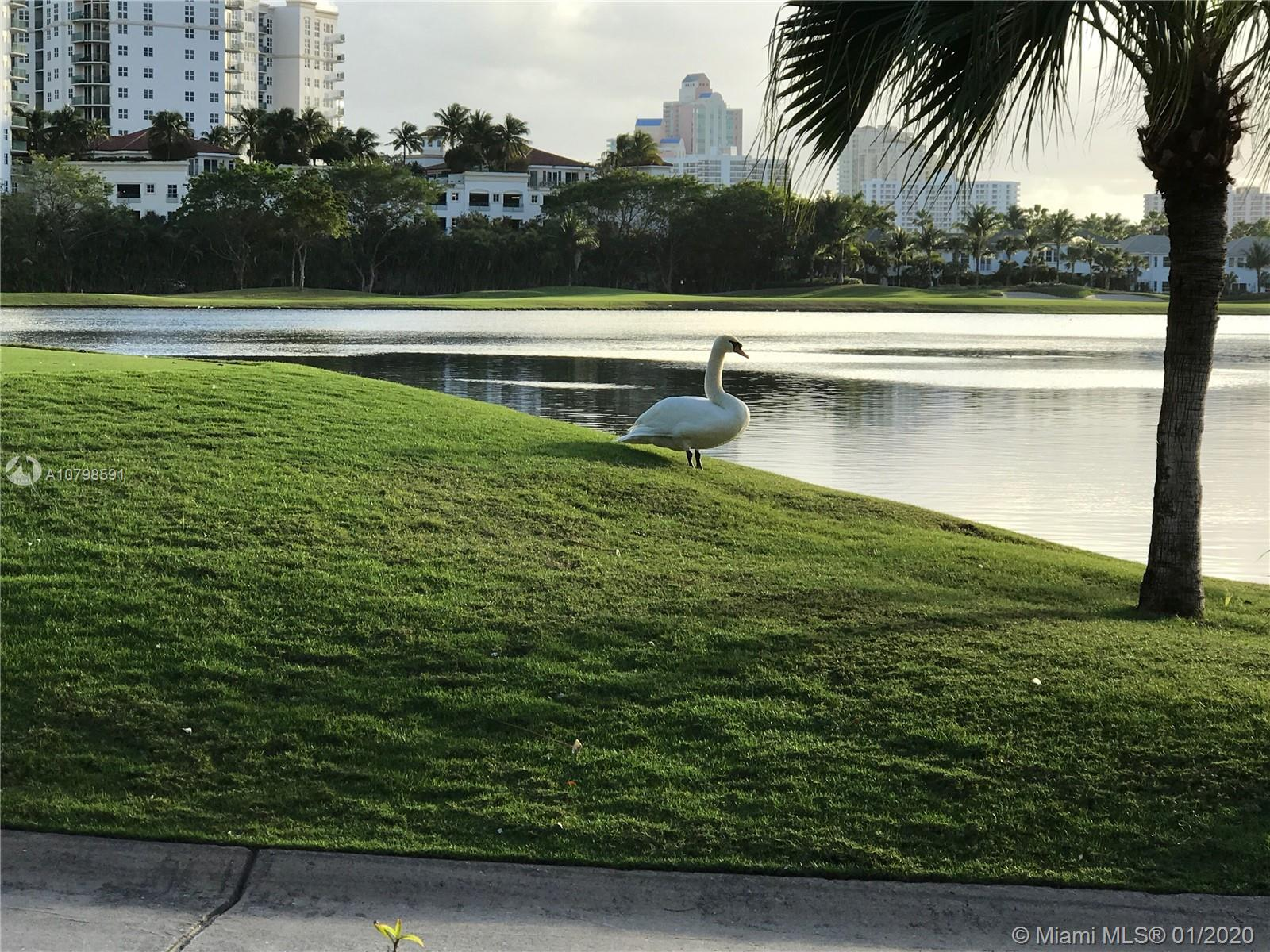 Photo of 20000 E Country Club Dr #806 listing for Sale