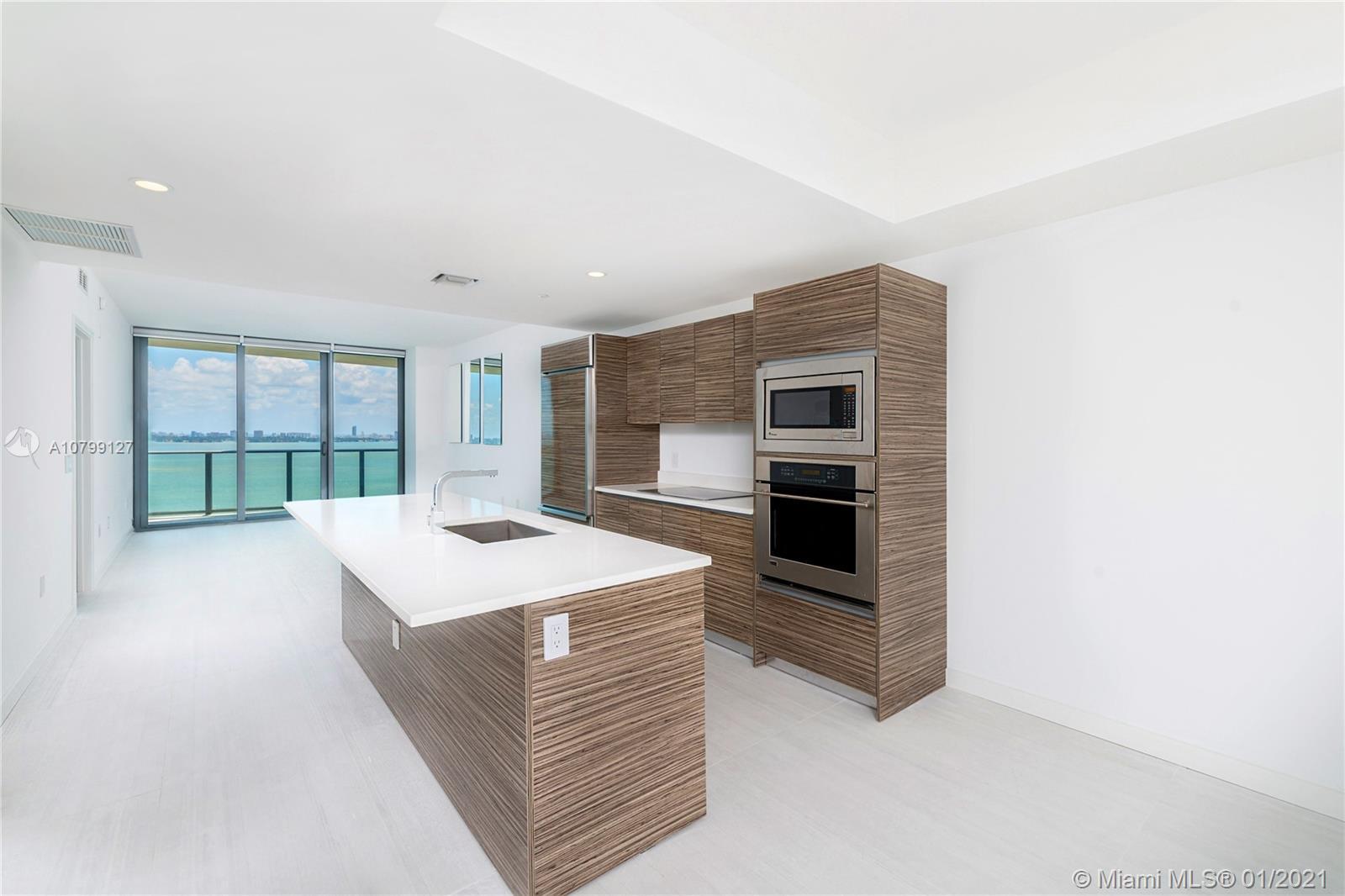 460 NE 28th St, 2107 - Miami, Florida