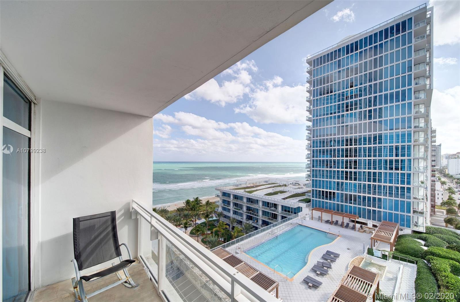 6801 Collins Ave, 1102 - Miami Beach, Florida