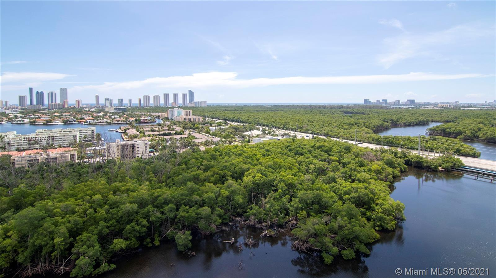 Great Private Balcony with amazing 180 views from North Aventura, East Sunny Isles and South amazing Oleta Park View and of course - water!