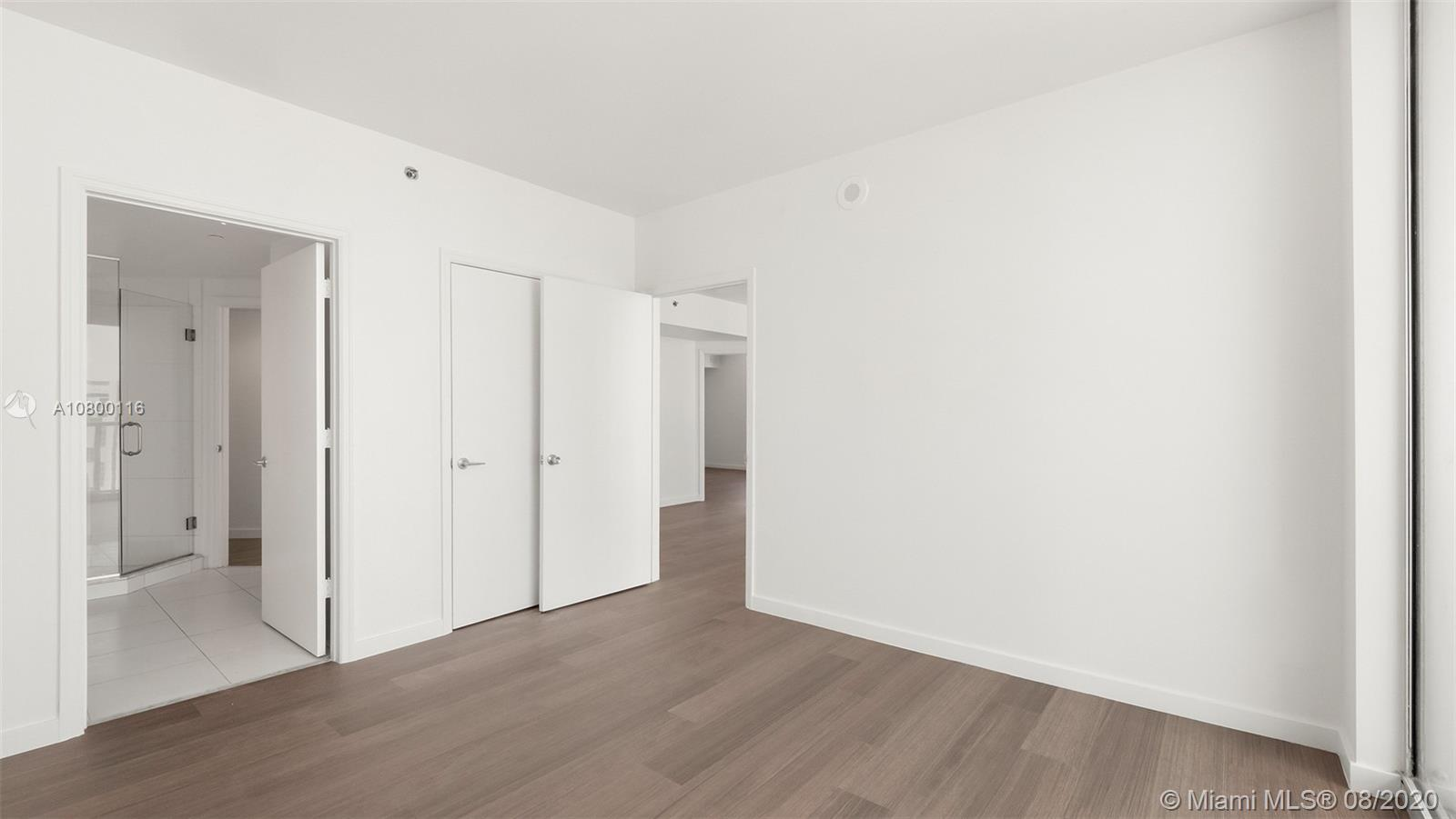 Photo of 55 SE 6th St #3701 listing for Sale