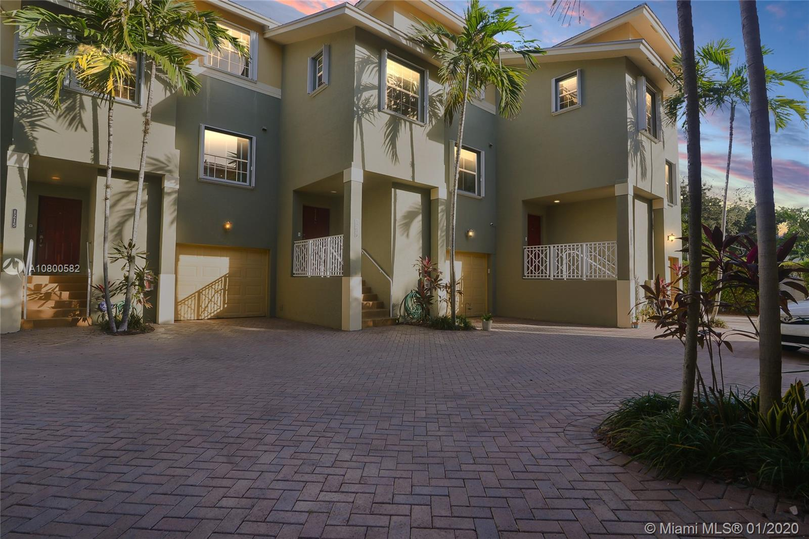 1215 SW 4th St - Fort Lauderdale, Florida