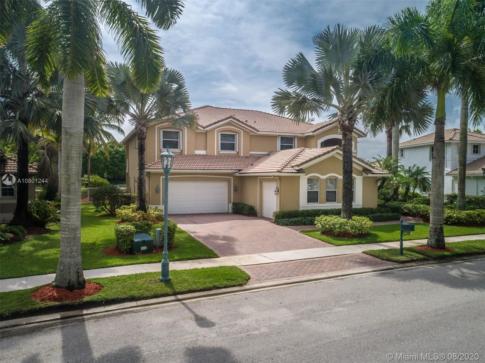 Property for sale at 1486 Victoria Isle Drive, Weston,  Florida 33327