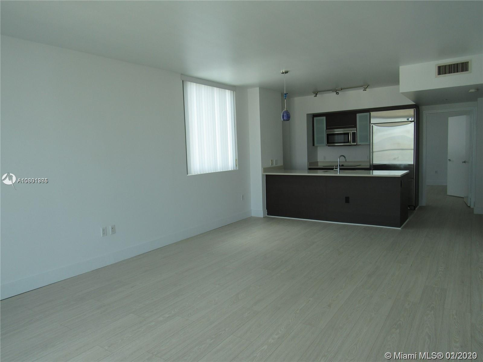 Photo of 55 SE 6th St #3507 listing for Sale