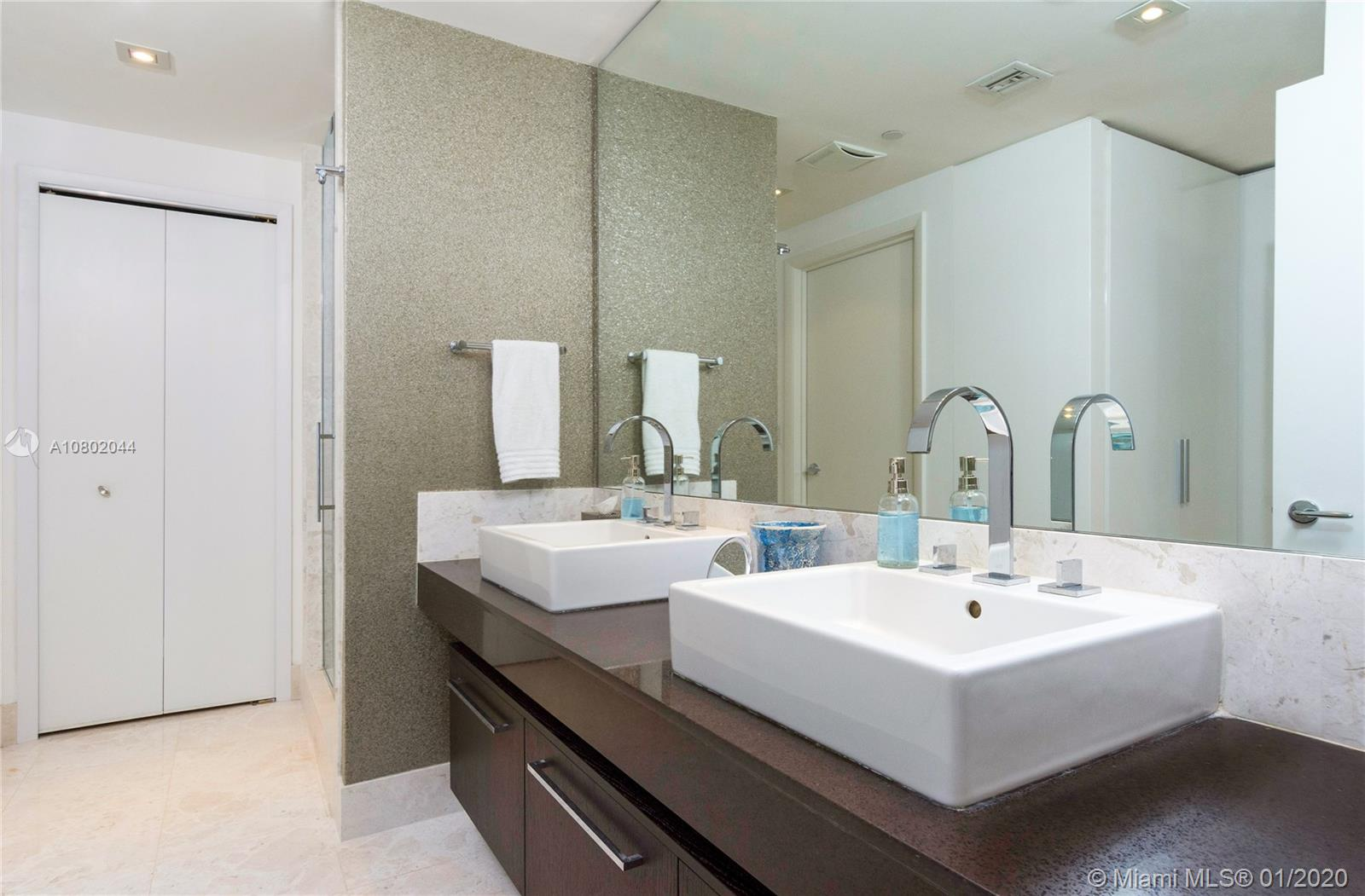 Property 17121 Collins Ave #3706 image 8