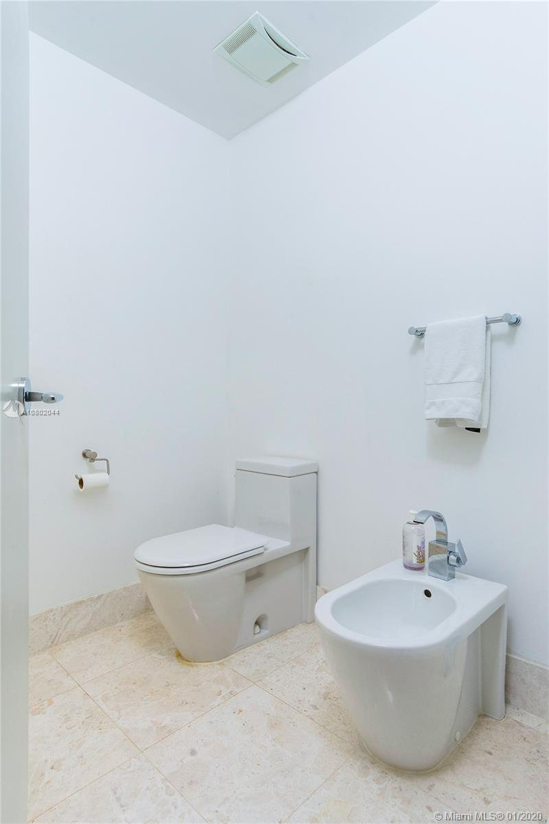 Property 17121 Collins Ave #3706 image 9