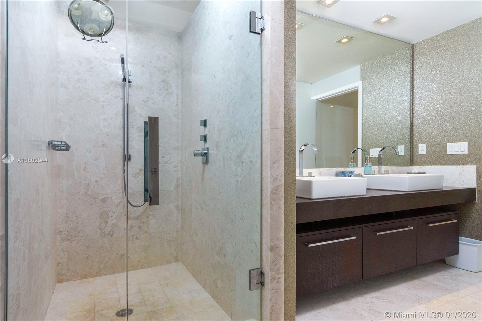 Property 17121 Collins Ave #3706 image 10