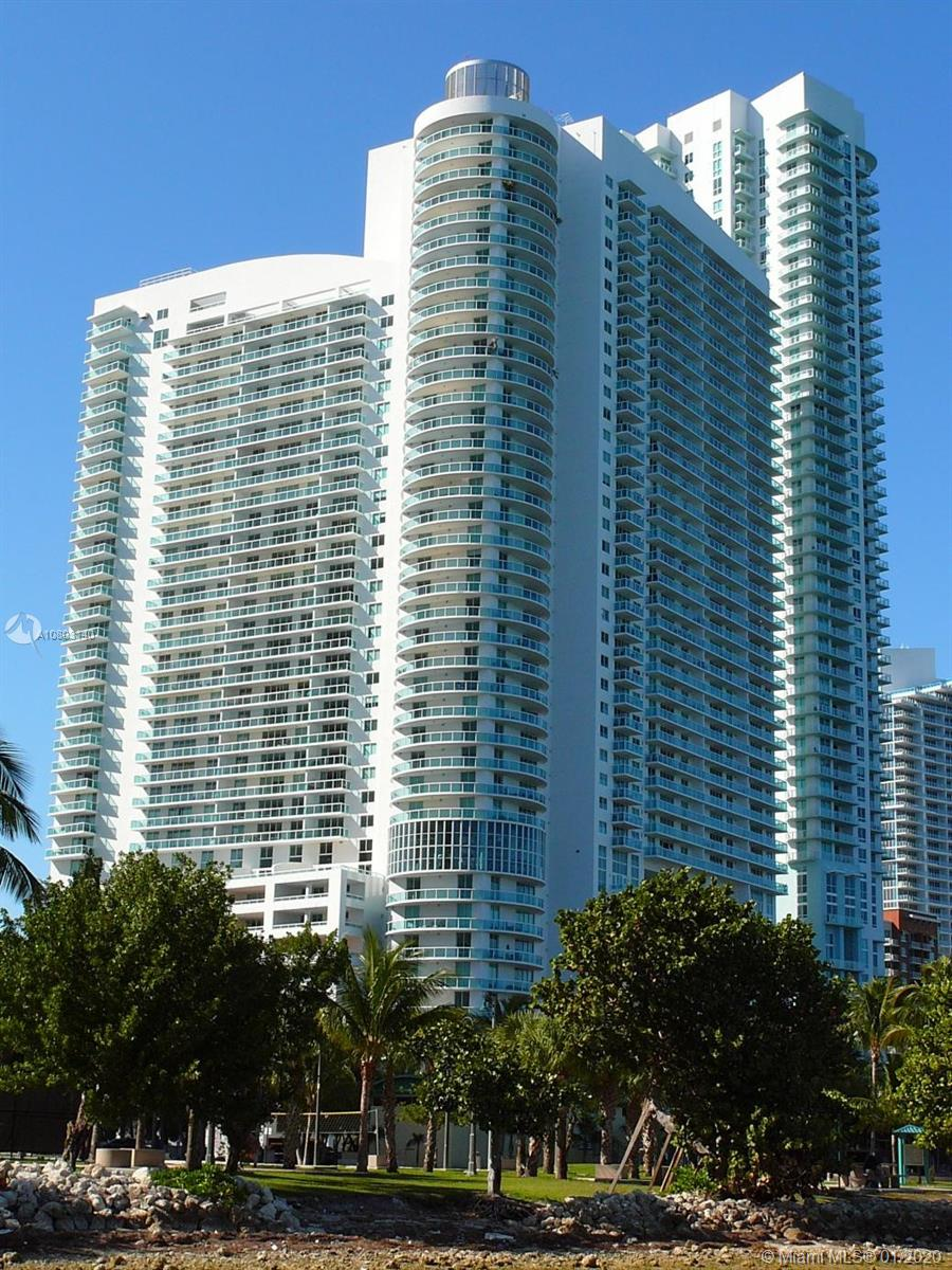 Photo of 1800 N BAYSHORE DR #3704 listing for Sale