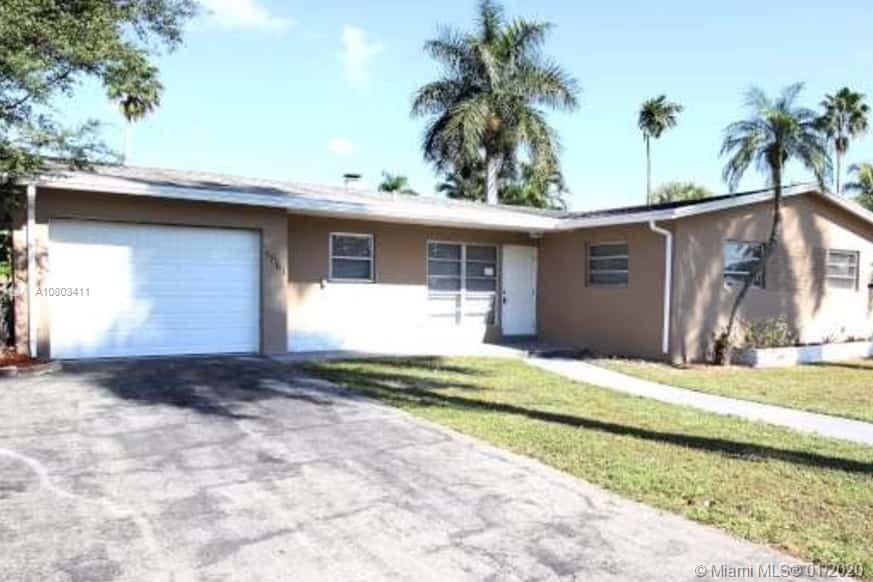 Property for sale at 5861 SW 16th St, Plantation,  Florida 33317