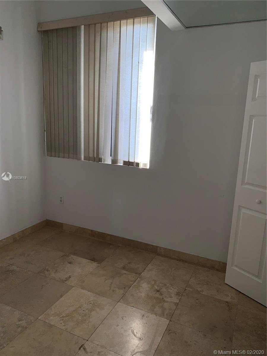 540 Brickell Key Dr #505 photo08