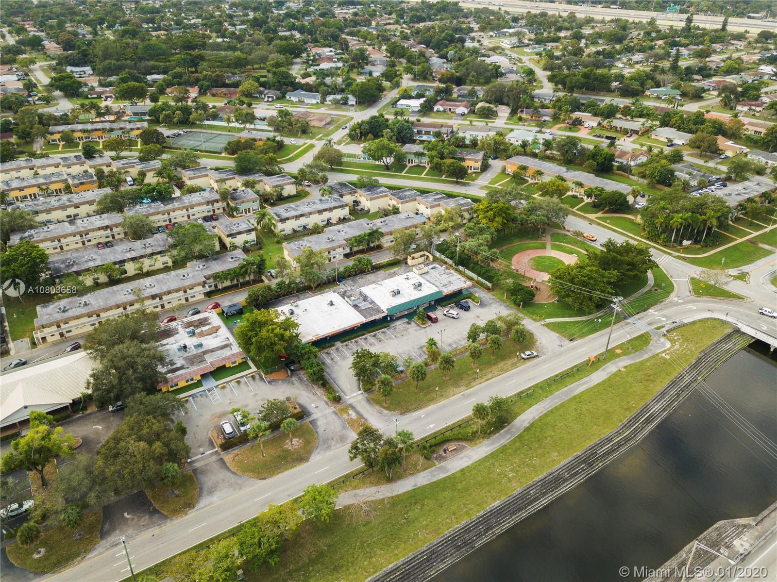Property for sale at 4620 NW 9th Ct, Plantation,  Florida 33317