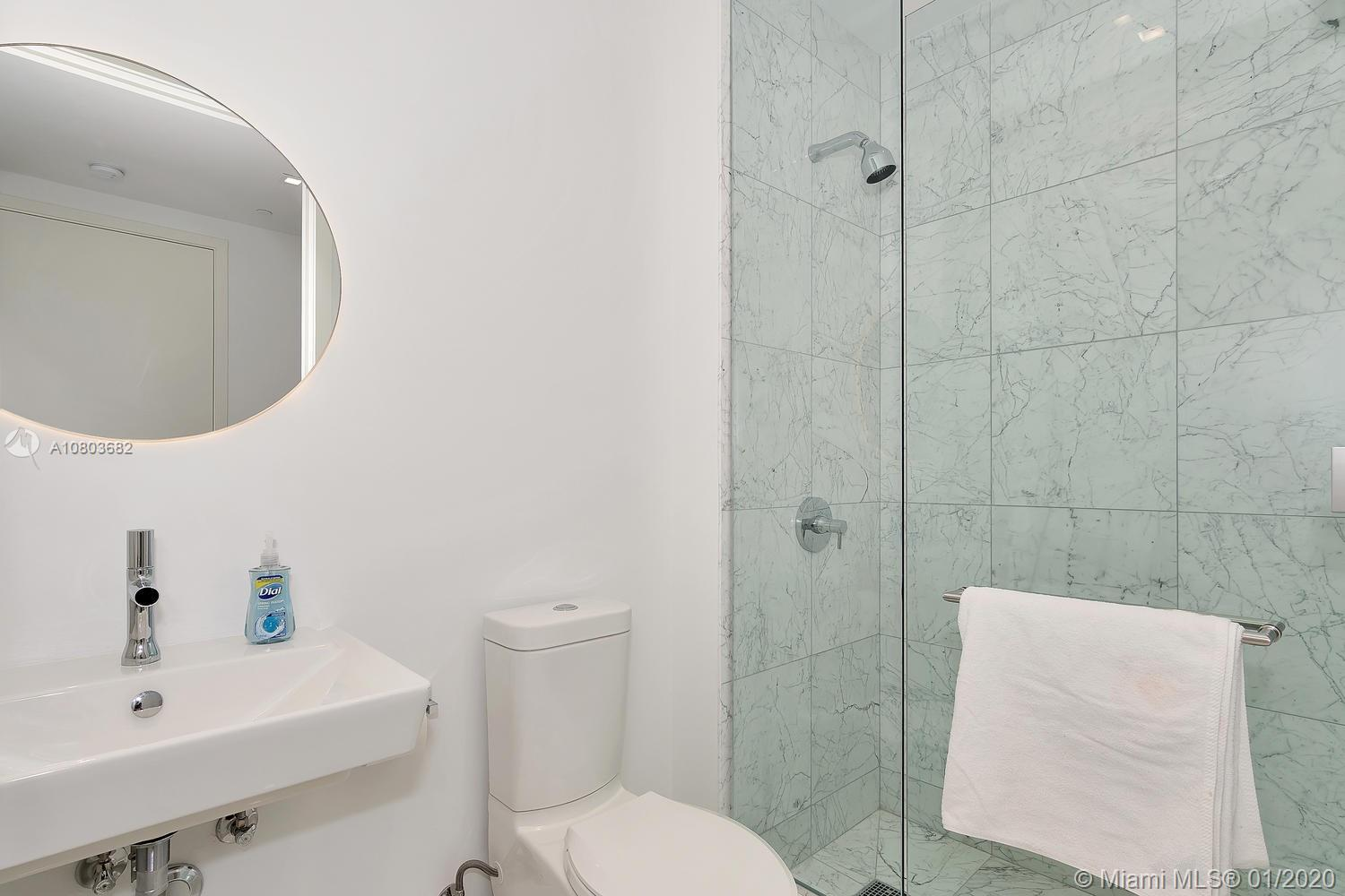 Photo of 16901 Collins Ave #4201 listing for Sale