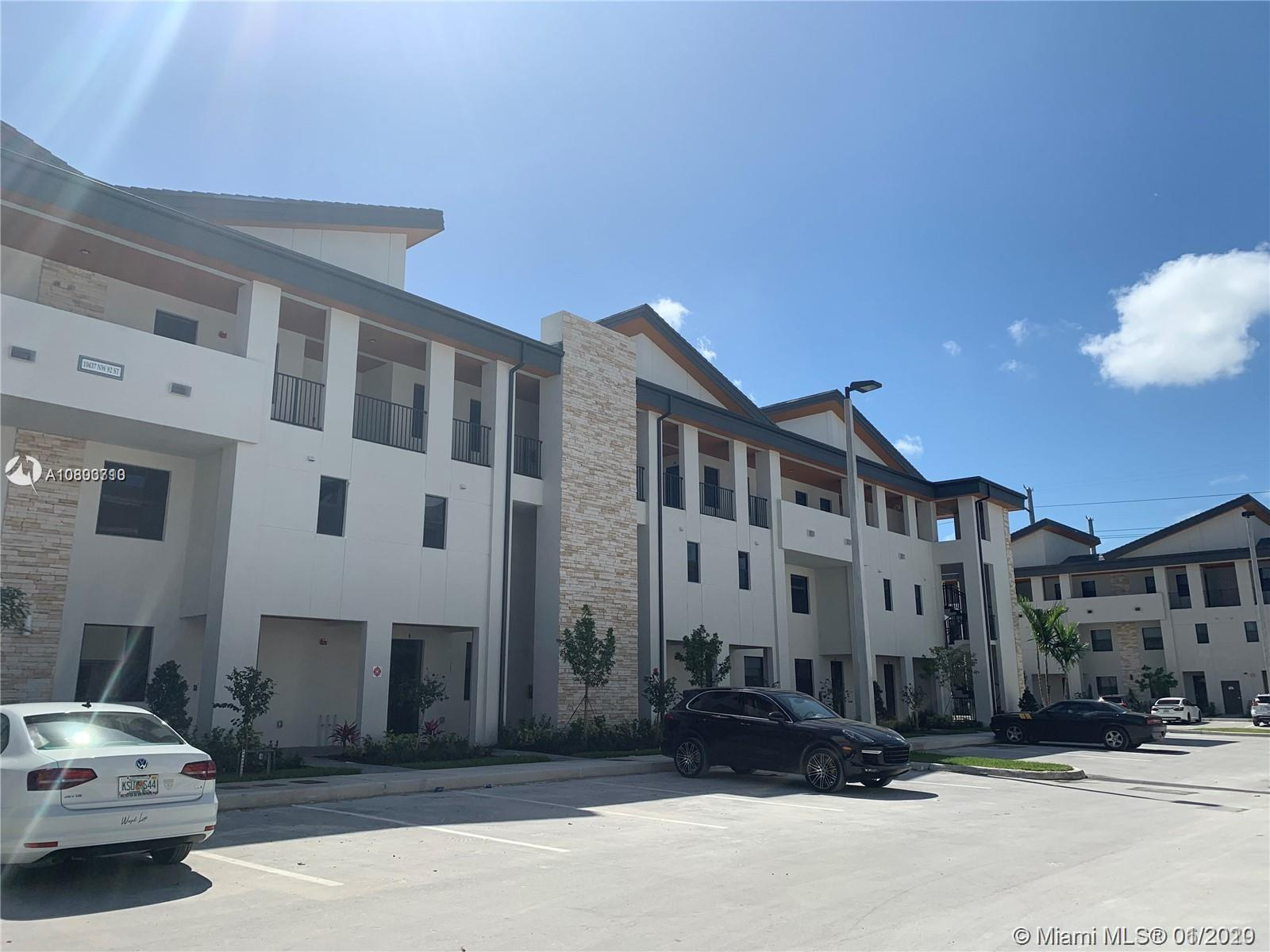 10437 NW 82nd St, 2 - Doral, Florida