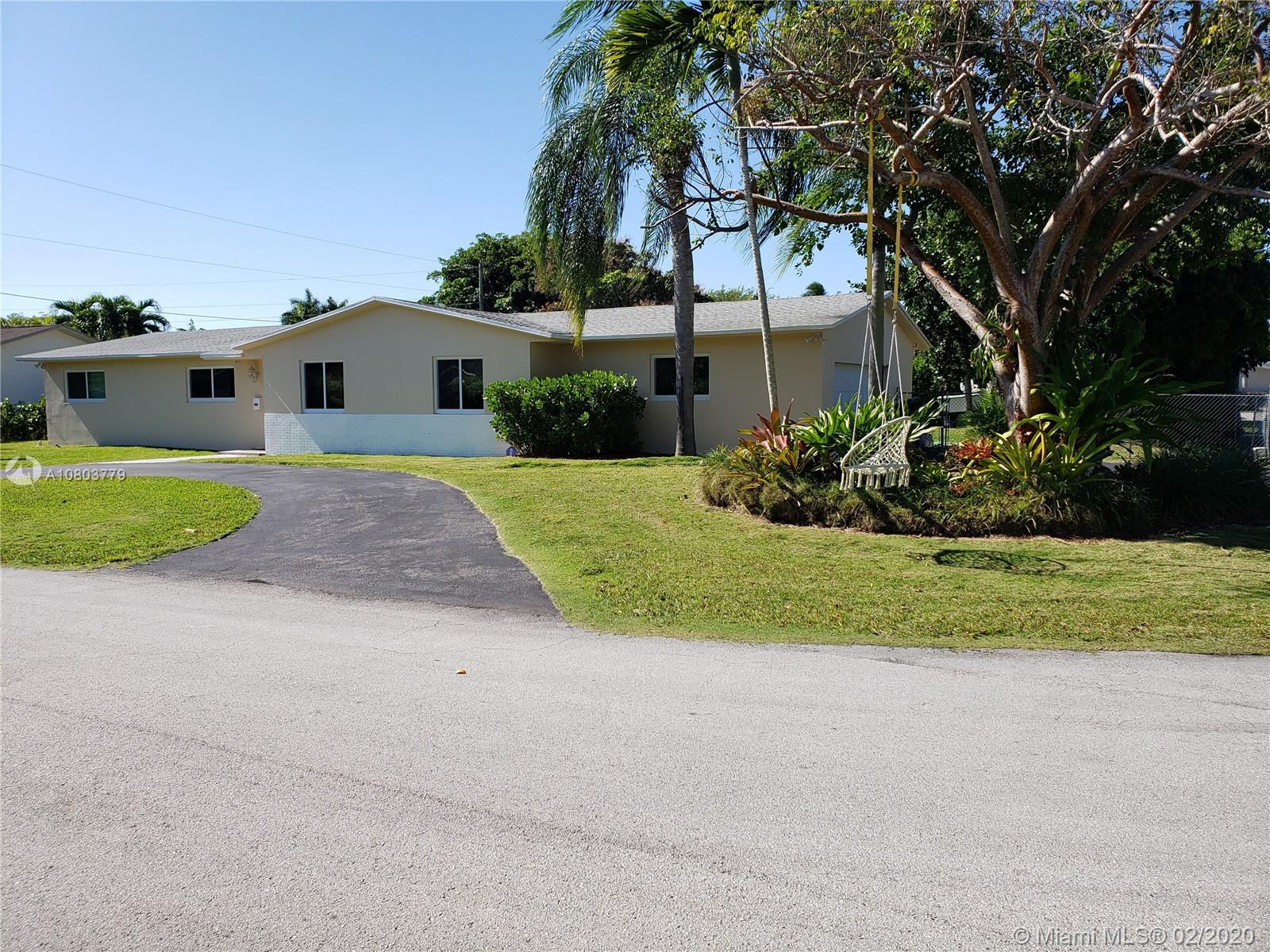 14100 SW 98th Ct, Miami, Florida 33176, 4 Bedrooms Bedrooms, ,2 BathroomsBathrooms,Residential,For Sale,14100 SW 98th Ct,A10803779