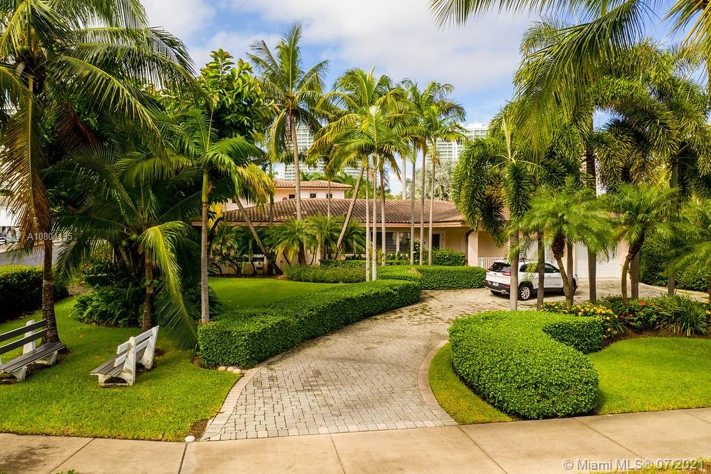 200 Golden Beach Dr, Golden Beach FL 33160