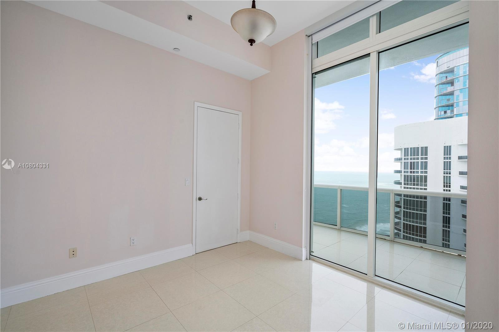 Property 15901 Collins Ave #4202 image 8