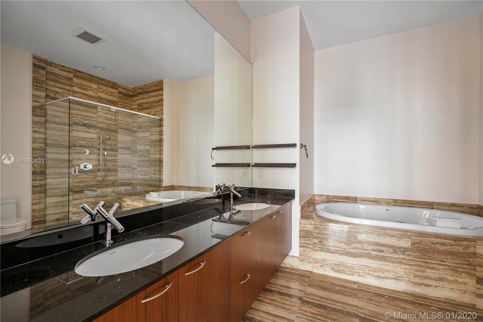 Property 15901 Collins Ave #4202 image 3