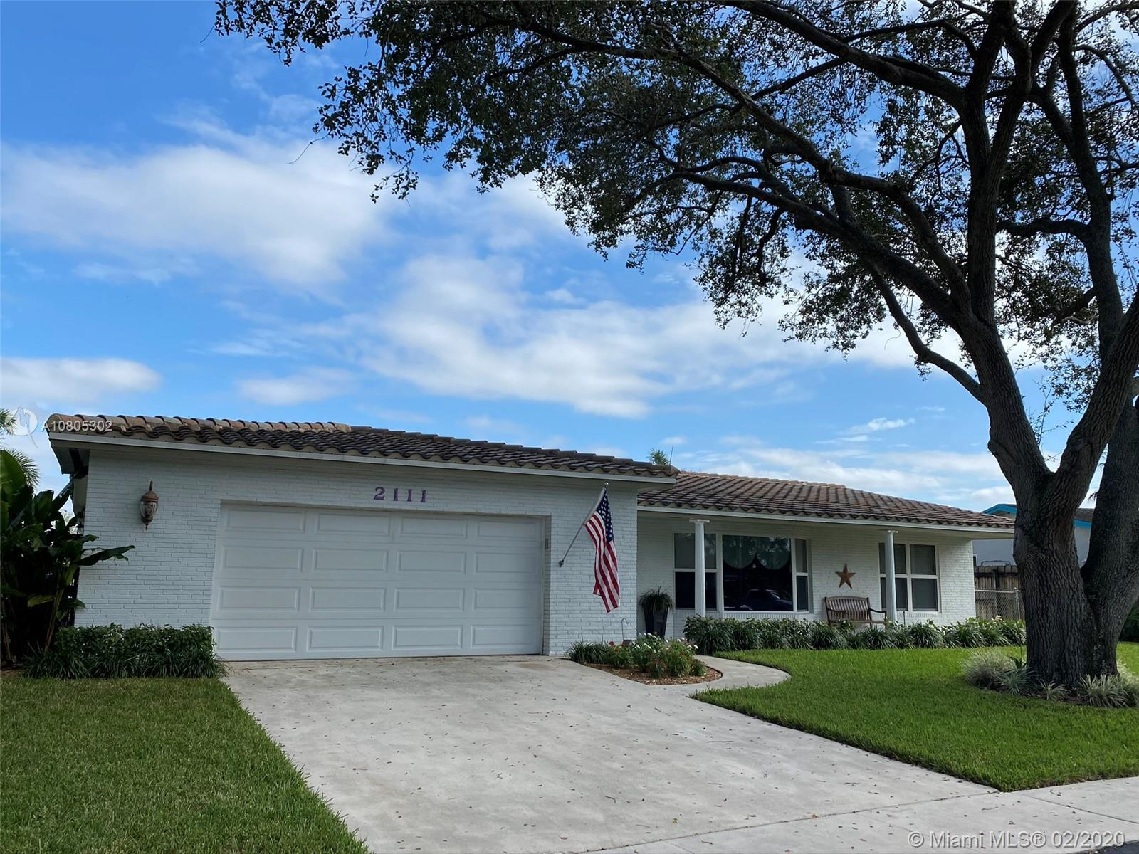 Property for sale at 2111 NW 108th Ave, Pembroke Pines,  Florida 33026