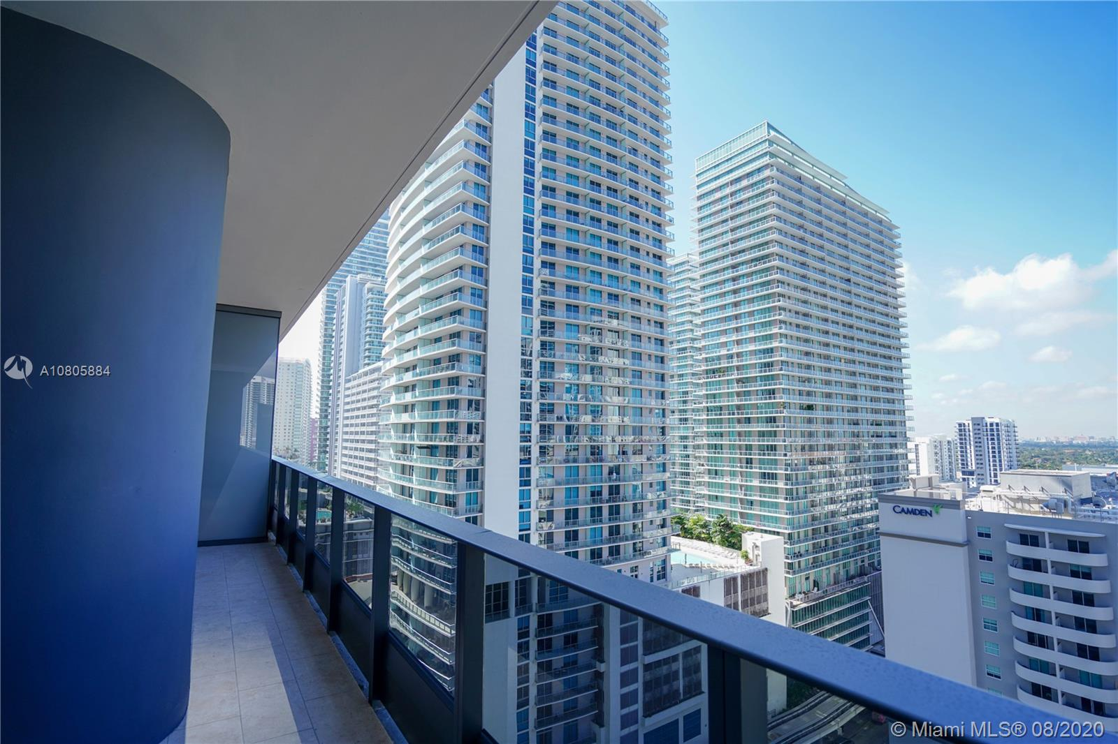 1000 Brickell Plaza #1806 photo032