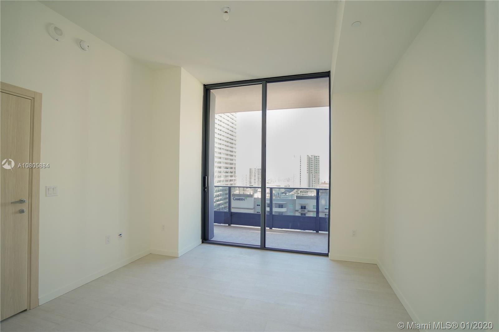 1000 Brickell Plaza #1806 photo055