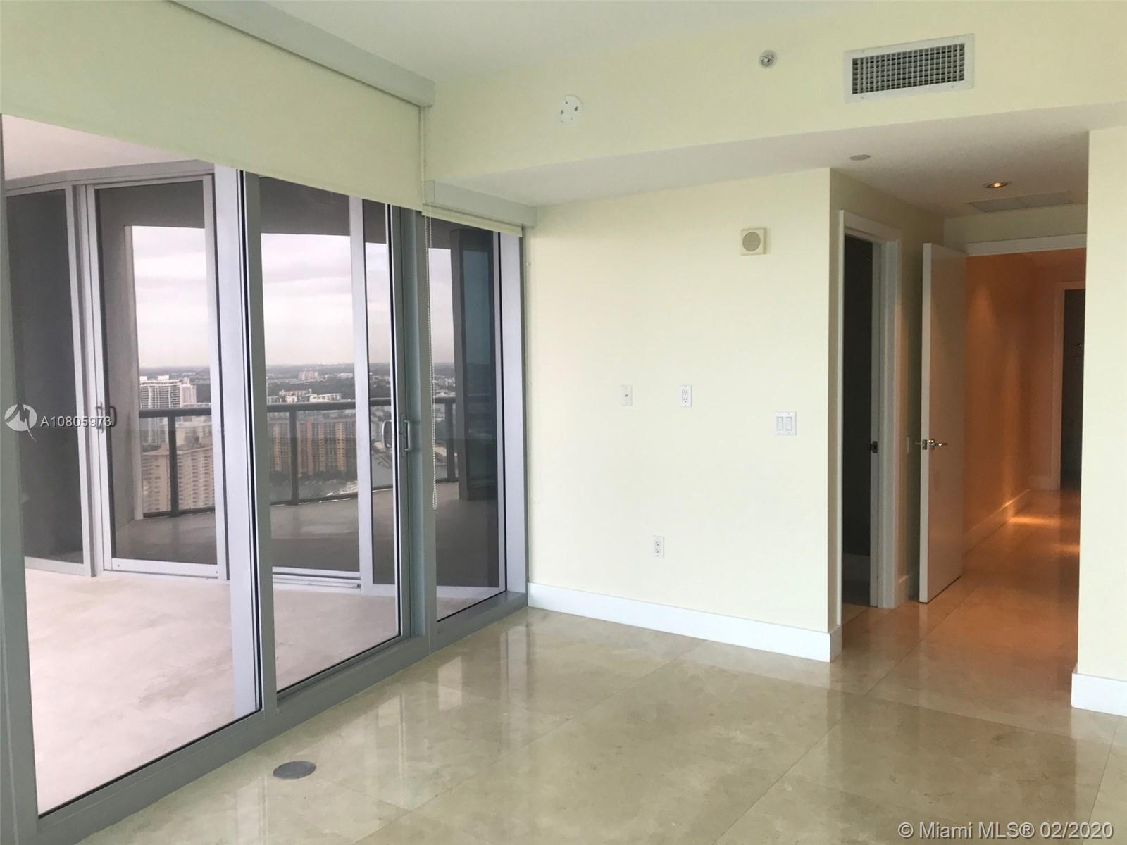 17121 Collins Ave #4104 photo029