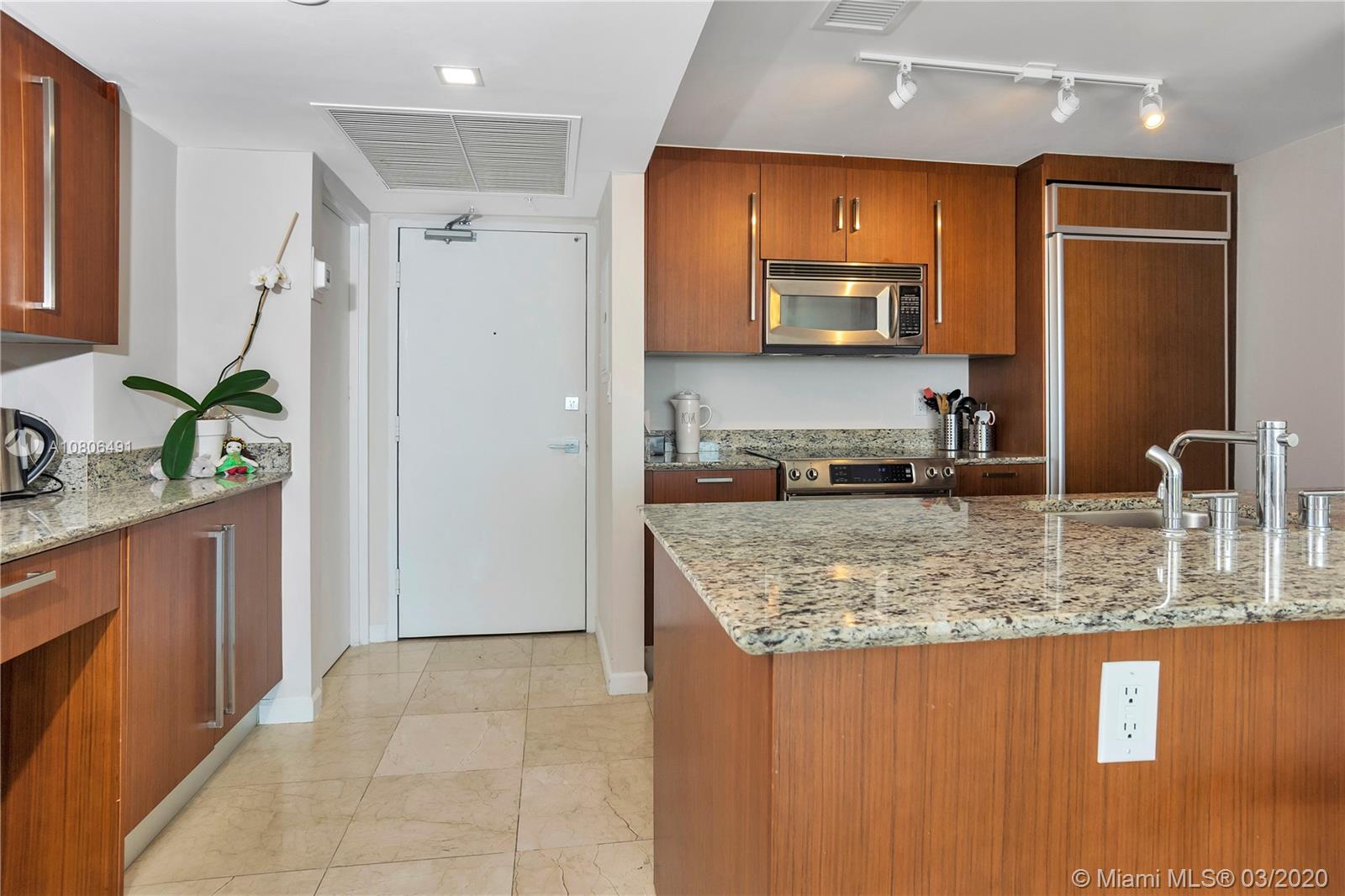 10275 Collins Ave #1228 photo012