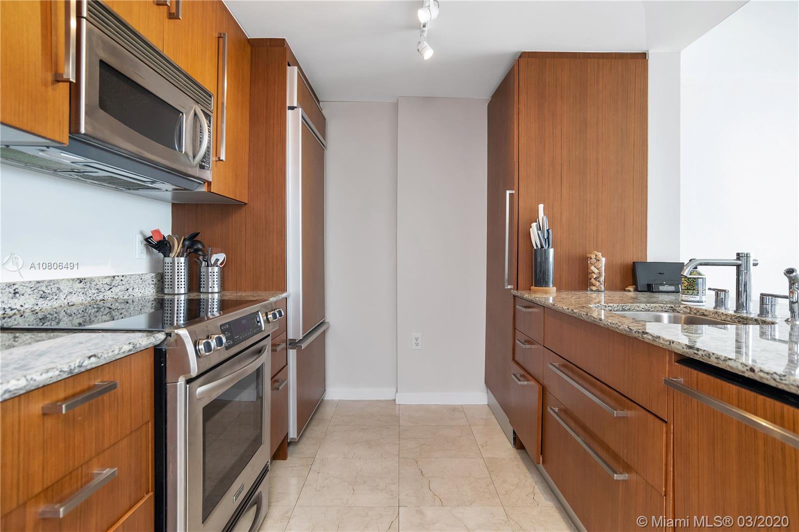 10275 Collins Ave #1228 photo09