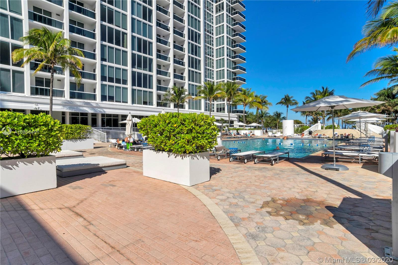 10275 Collins Ave #1228 photo034
