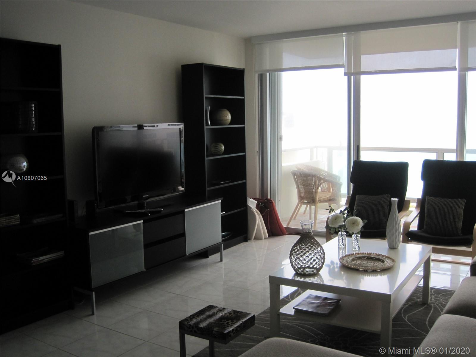5151 Collins Ave #1126 photo01