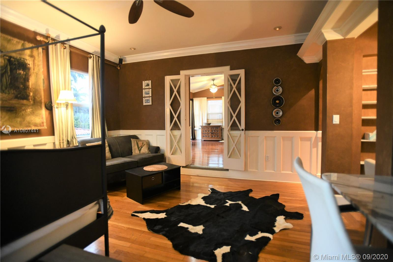 Upstairs master bedroom with vanity seating and great architectural details