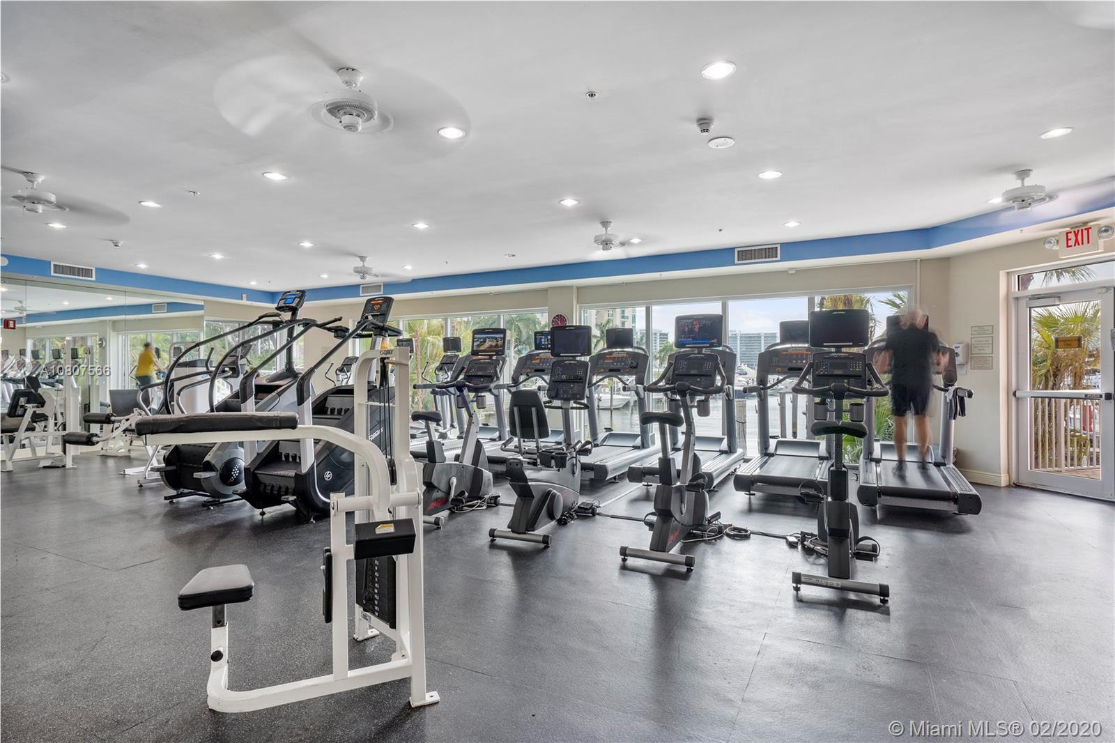 Photo of 3330 NE 190th St #1810 listing for Sale