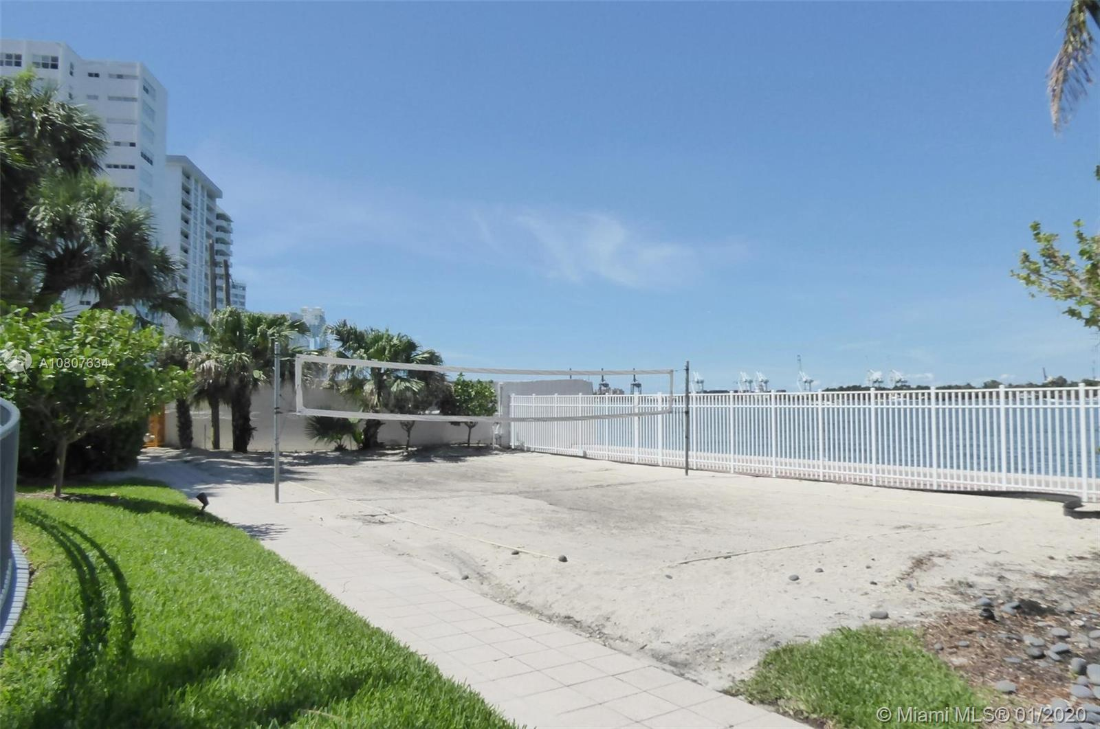 Photo of 1330 West Ave #2012 listing for Sale