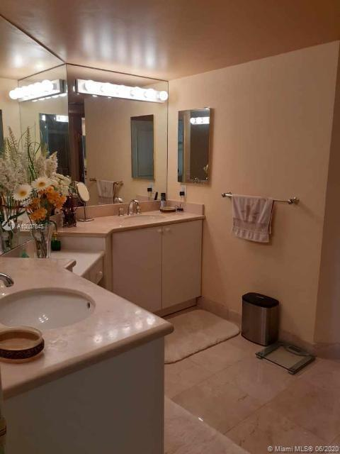 8925 Collins Ave #8A photo027