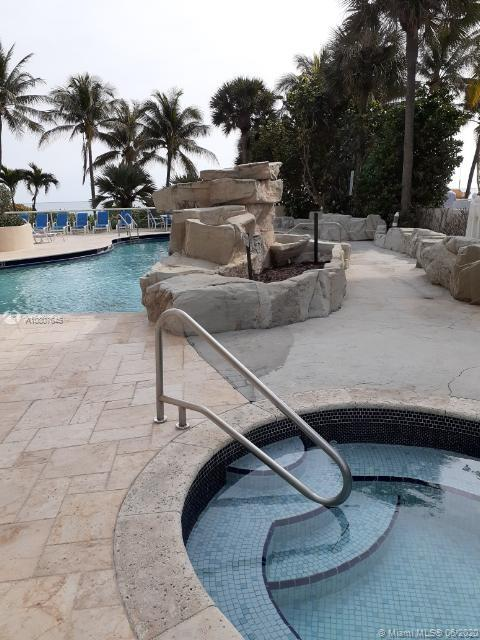 8925 Collins Ave #8A photo032