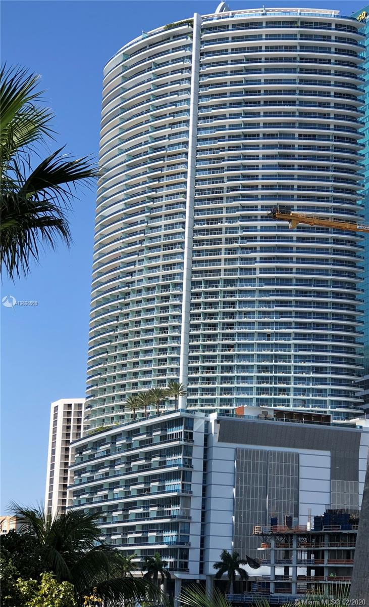 Photo of 200 Biscayne Blvd Way #3303 listing for Sale