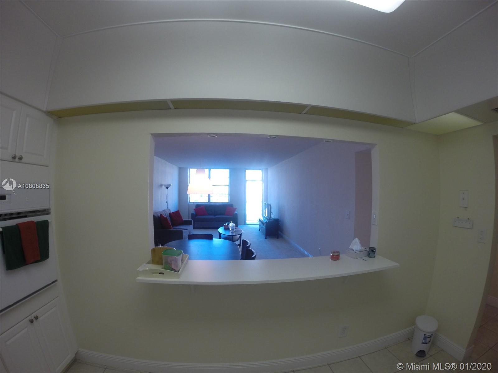 19390 Collins Ave #915 photo08