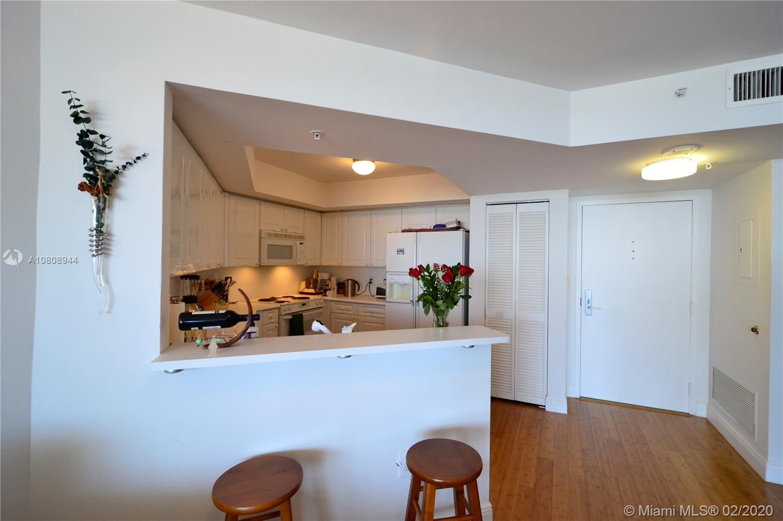 1900 Sunset Harbour Dr #2101 photo04