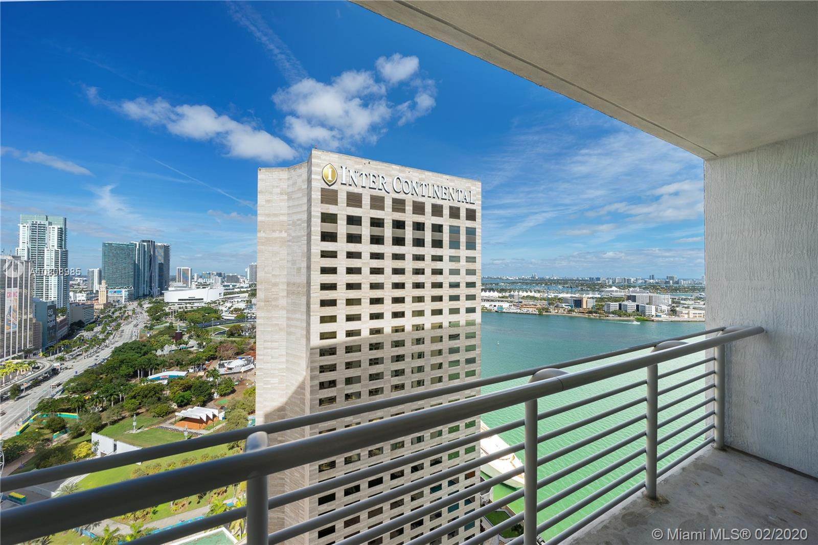 335 S Biscayne Blvd #3200 photo04