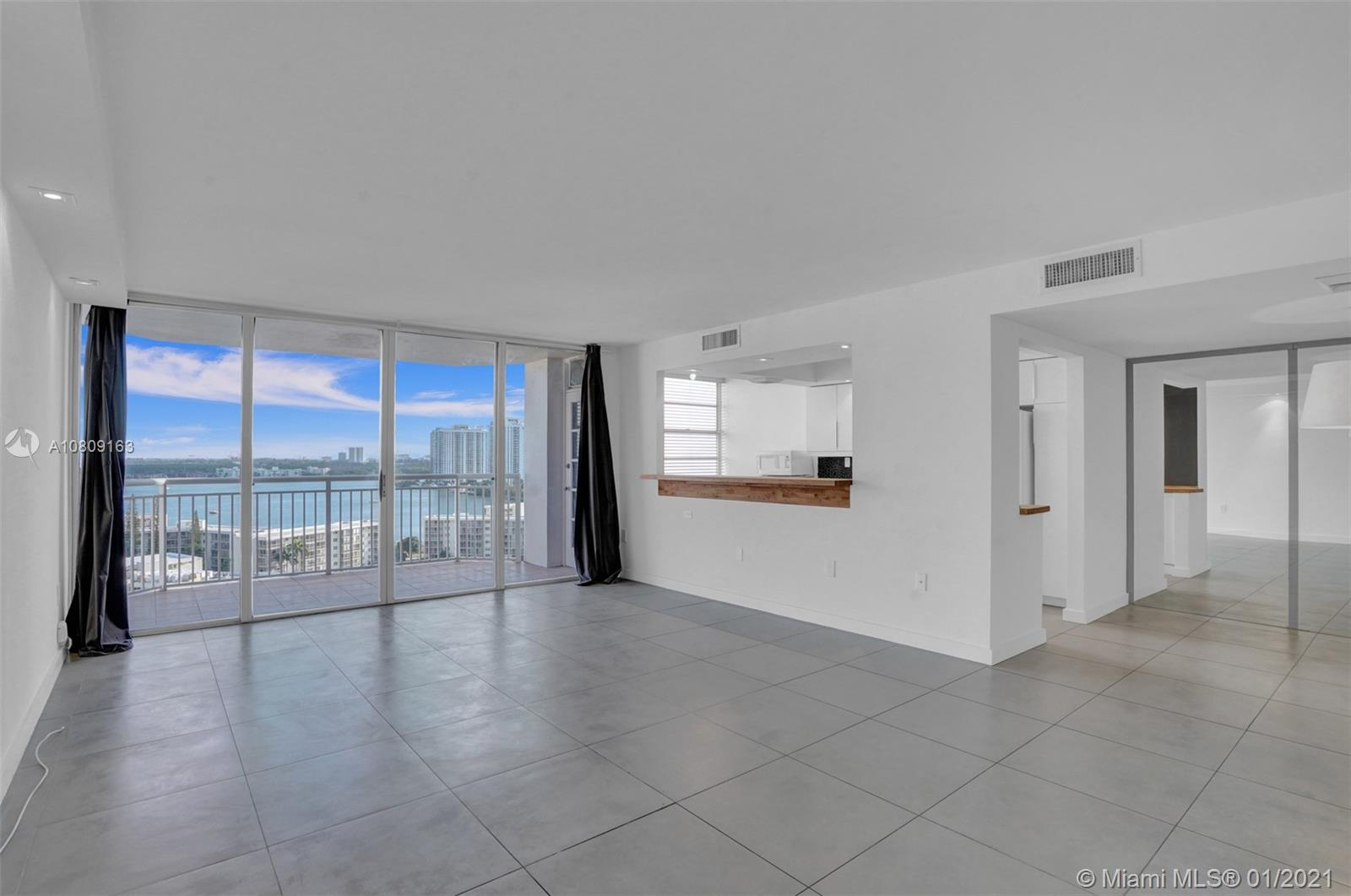 18011 Biscayne Blvd #1601 photo01