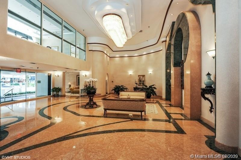 5757 SW Collins Ave #1603 photo02
