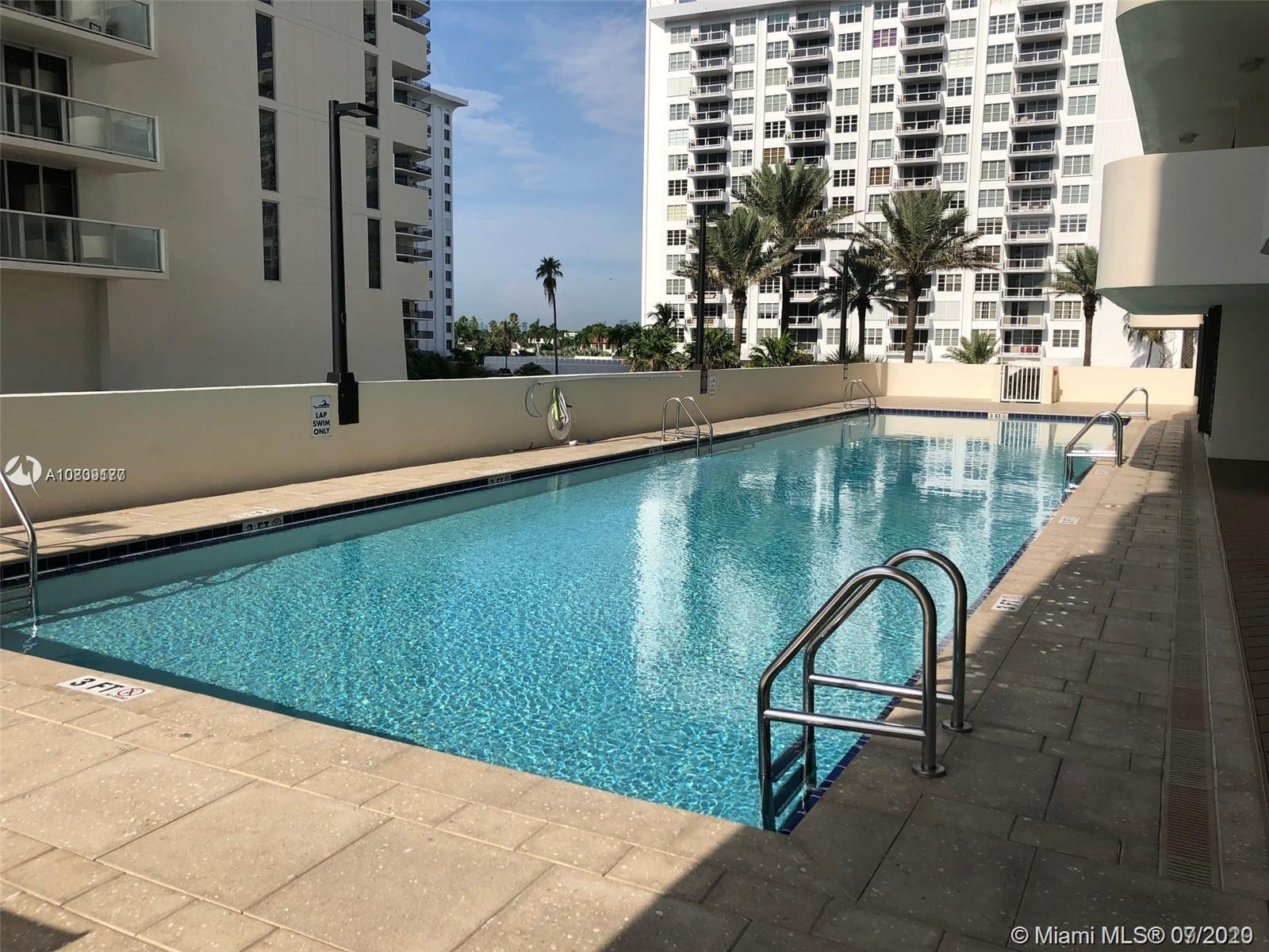 5757 SW Collins Ave #1603 photo022